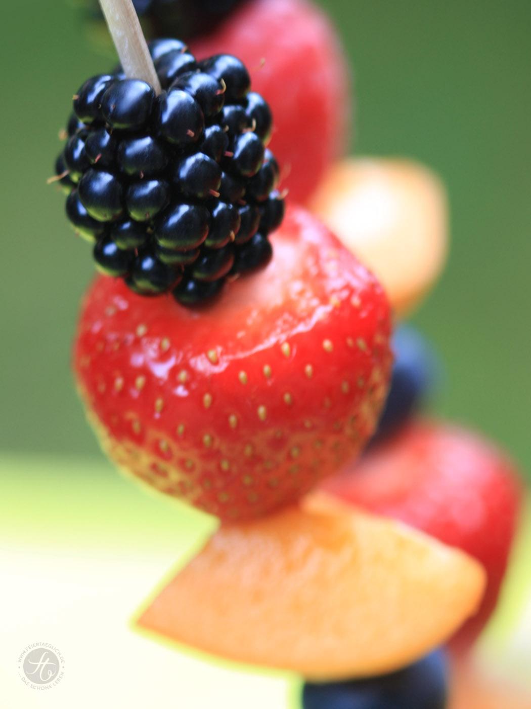 fruchtspiesse_fussball_h1