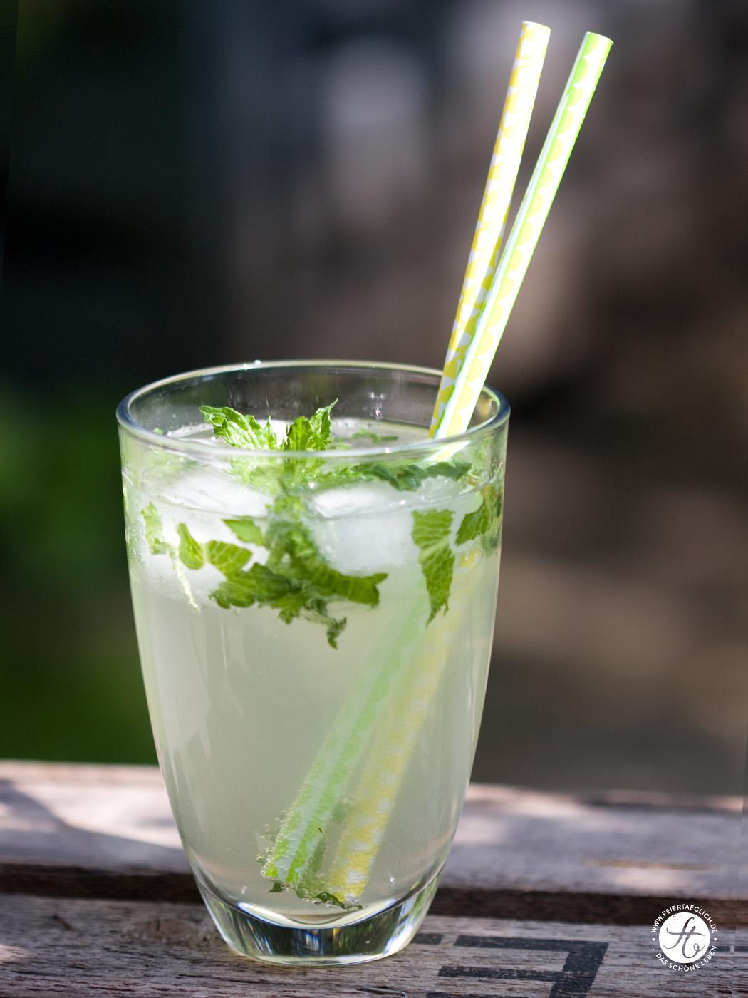 Perfekter Drink zum Feierabend: Hugo mit oder ohne Alkohol ...