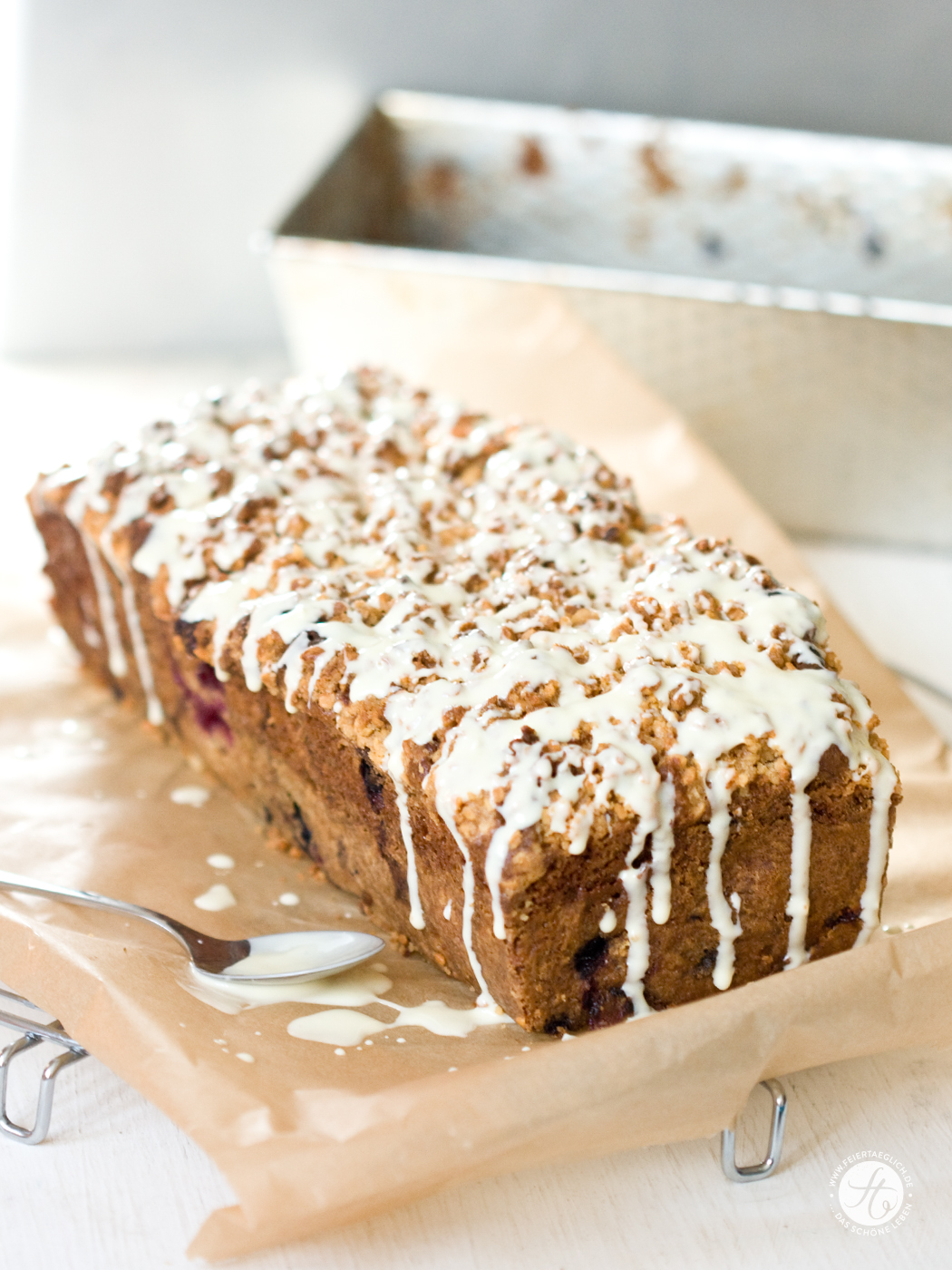 Berry-WhiteChocolate-Bread_h2