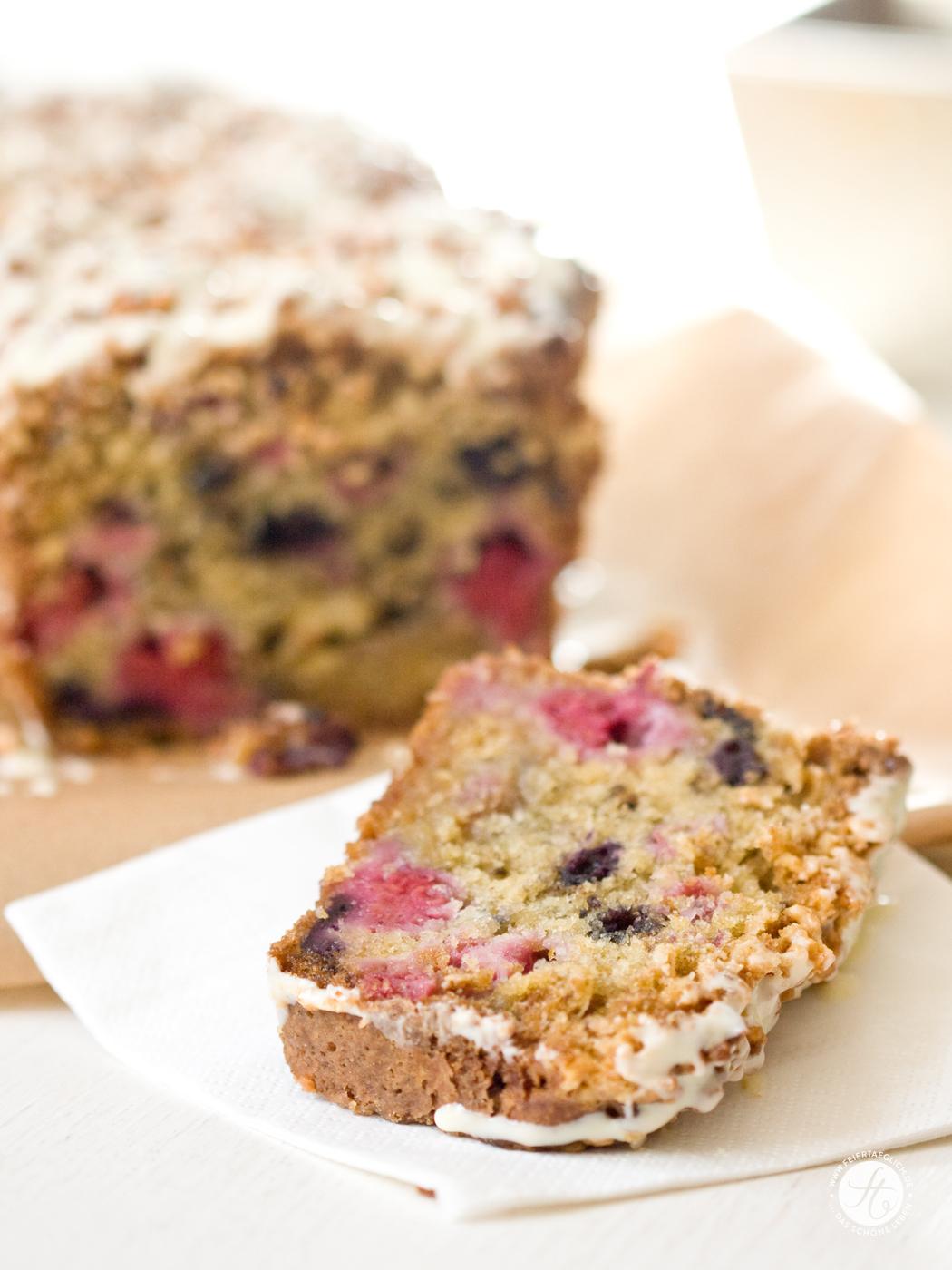Berry-WhiteChocolate-Bread_h4