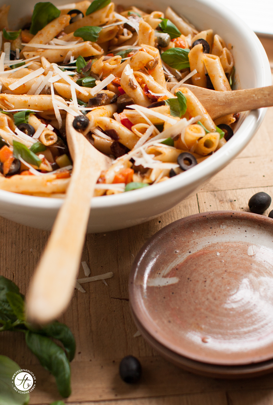 Penne-Salat á la Ratatouille – Rezept für sommerlichen Nudelsalat