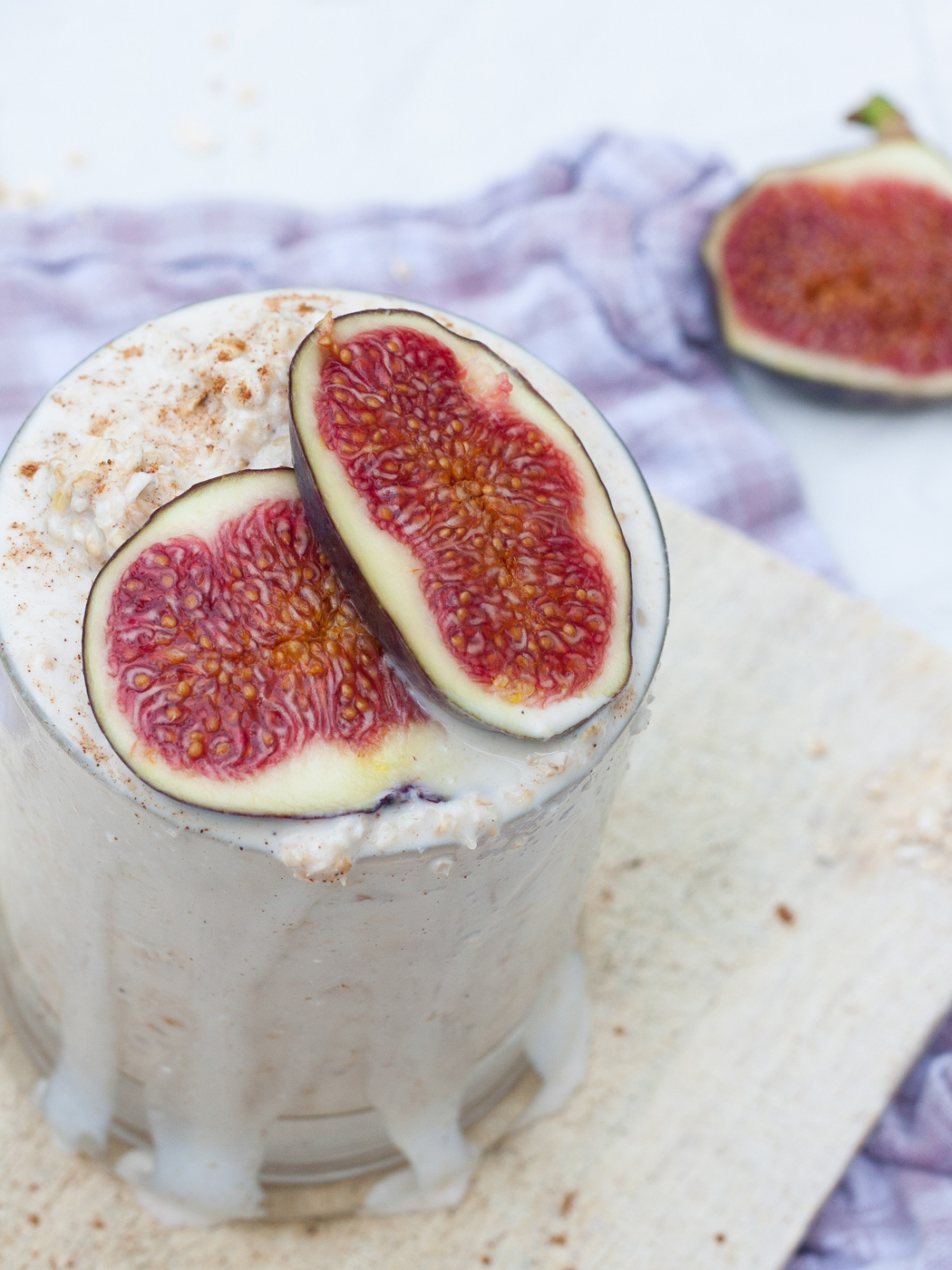 Rezept für Vanille Overnight Oats mit Feigen von Kochkarussell zum #SuperfoodSamstag bei feiertäglich