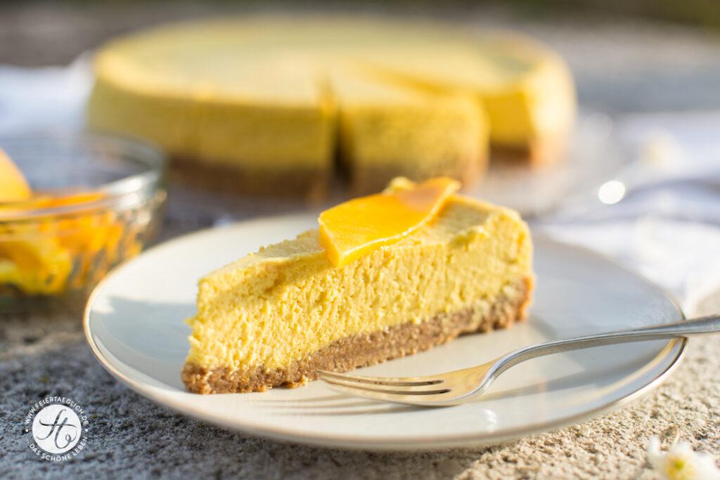Mango Cheesecake mit knusprigem Boden