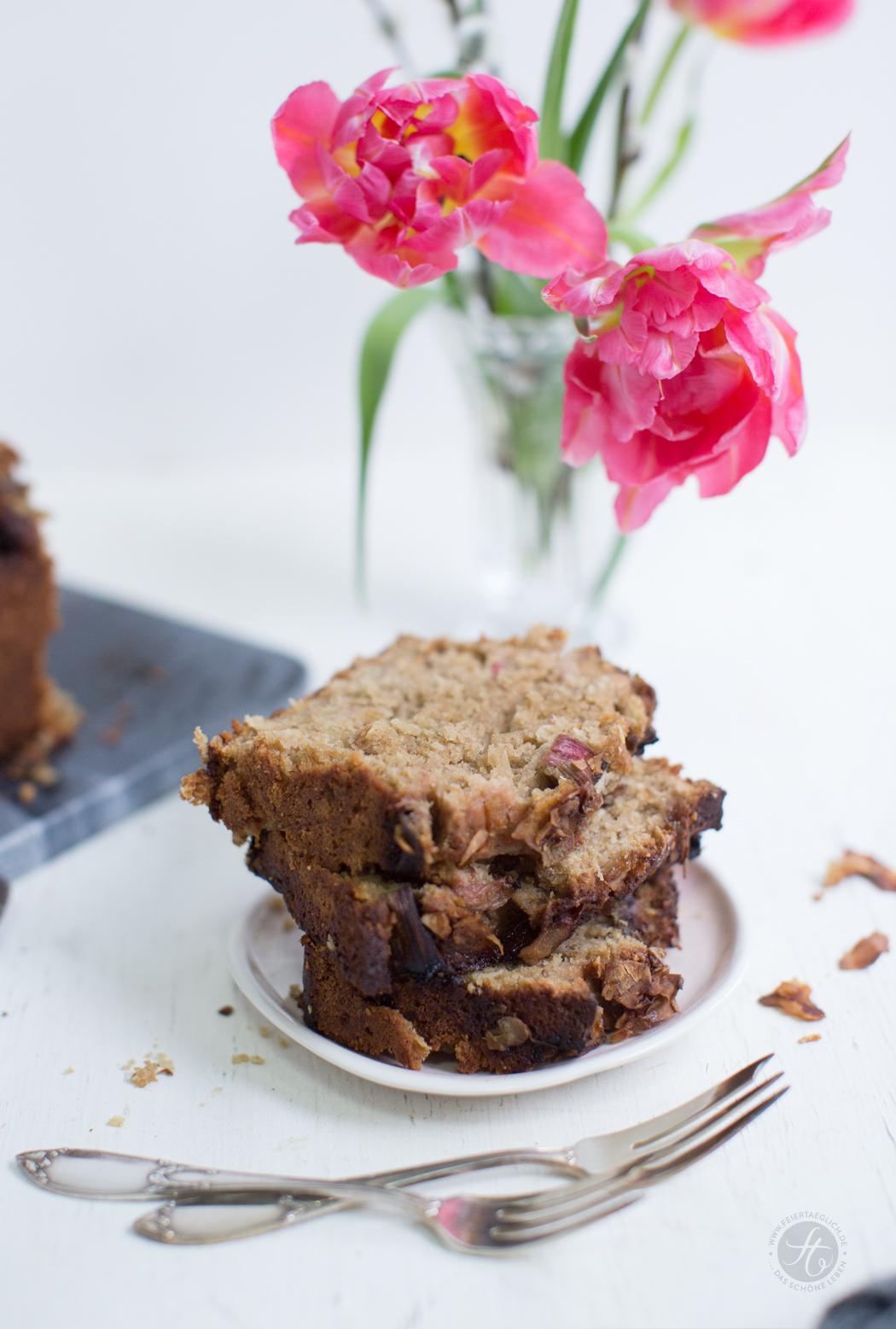 Rhabarber-Kokos-Kastenkuchen, glutenfrei, schneller Rührkuchen