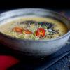 Asiatische Weisse Rübchen-Suppe mit Ingwer, Chili, Sprossen und schwarzem Besam, Rezept