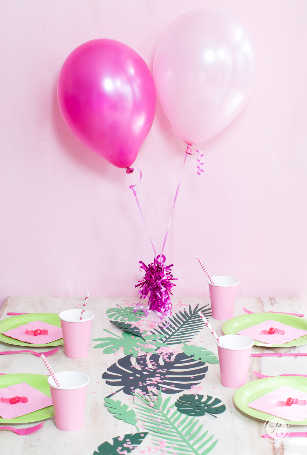 HappyMottoparty Flamingo, Tischdekoration, Luftballons
