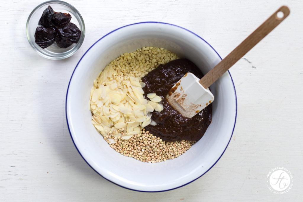 Buchweizen-Mandel-Pflaumen-Granola, Zutaten