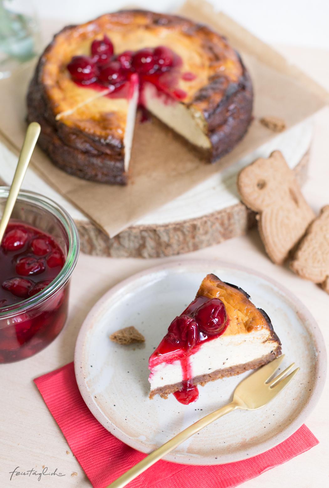 Spekulatius-Kaesekuchen mit Kirschen, Rezept für meinen liebsten weihnachtlichen Winter Cheesecakes