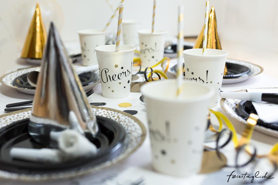Happy New Year-Party, Sylvesterparty Dekoration, Tischdekoration