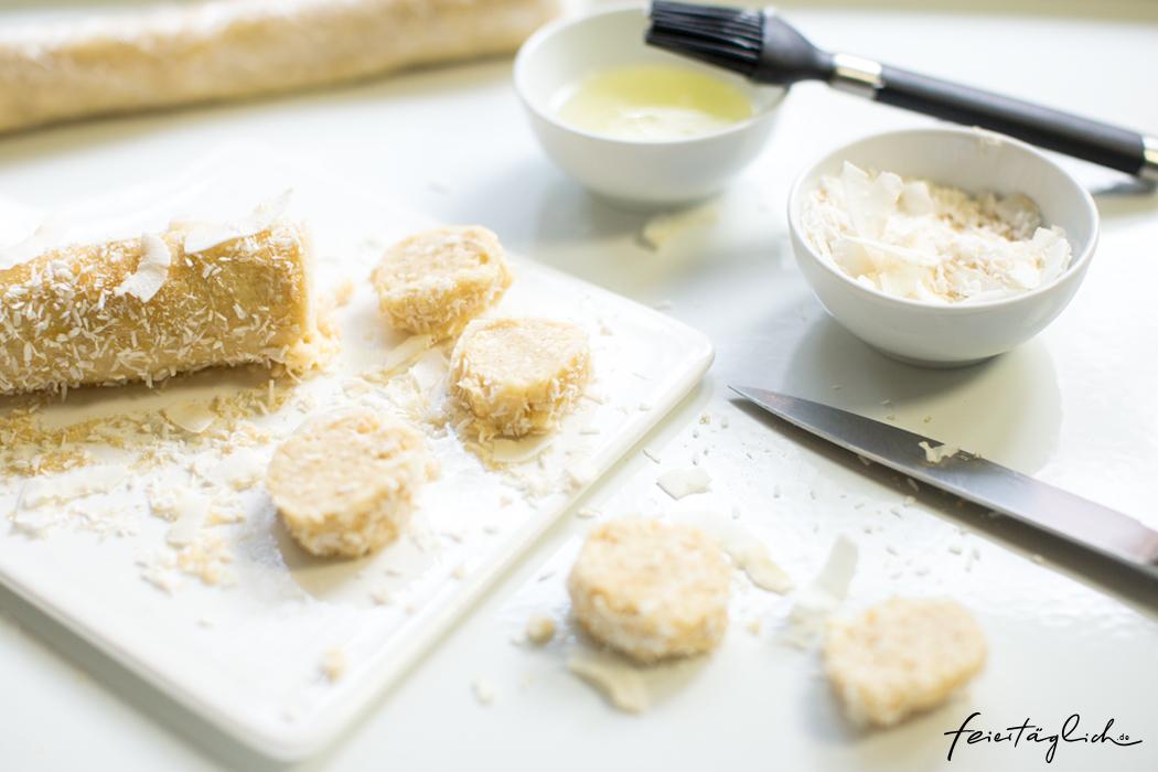 Weihnachtsbäckerei: Knusprige Kokos-Cookies