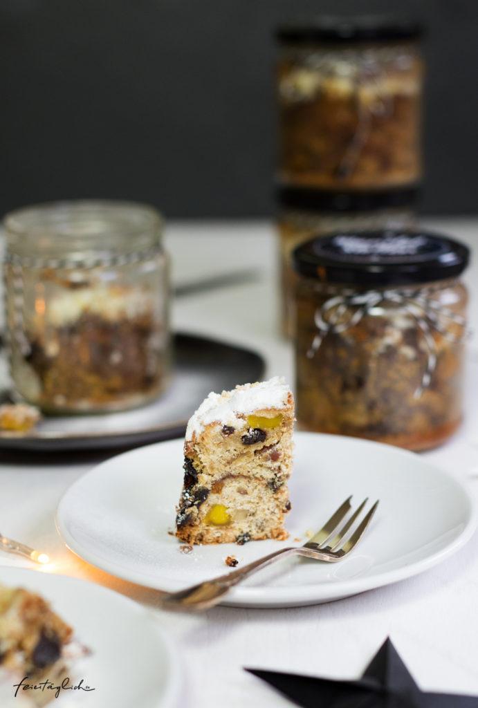 Geschenke aus der Küche: Mandel-Stollen mit Mango und anderen Früchtchen im Glas & Free-printable-Labels zum Ausdrucken