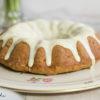Saftiger Karottenkuchen Gugelhupf mit Frischkäse-Weisse Schoko-Guss, Rezept