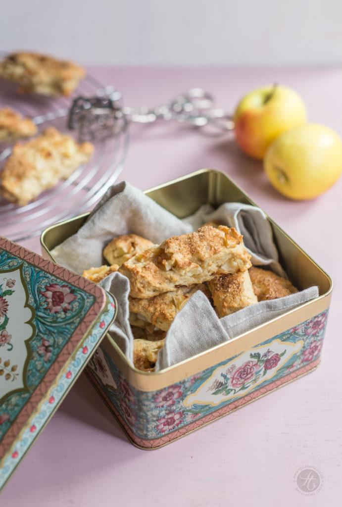 Apfel-Scones mit Datteln und ZimtZucker, Rezept