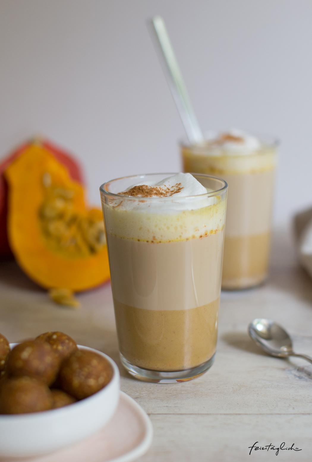 PumpkinSpice-Liebe hoch 3: Rezepte für Pumpkin Spice Latte, gesunde Pumpkin Pie Balls und fantastischen KürbisKastenkuchen (Grundrezept für spiced Kürbispüree und Ideen was man daraus alles so machen kann)
