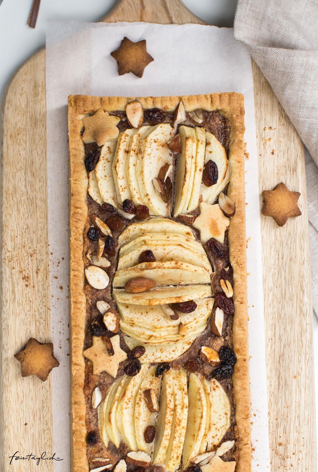 Bratapfel-Tarte mit Mandelcreme & Rumrosinen, Lieblingsrezept für die Adventszeit