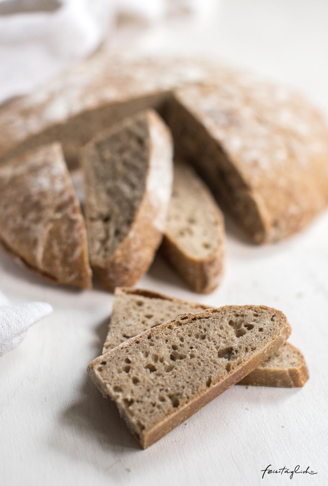 Rezept für hausgebackenes Sauerteigbrot, Sauerteig selber ansetzten