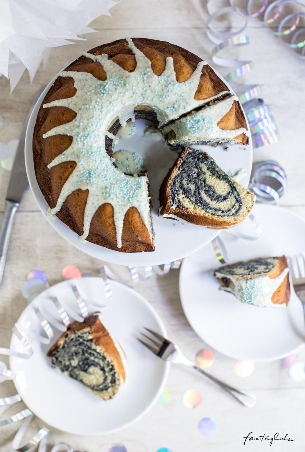 Blaubeer-Swirl-Gugelhupf, Rezept für einen Geburtstagskuchen nicht nur für kleine und große Meerjungfrauen