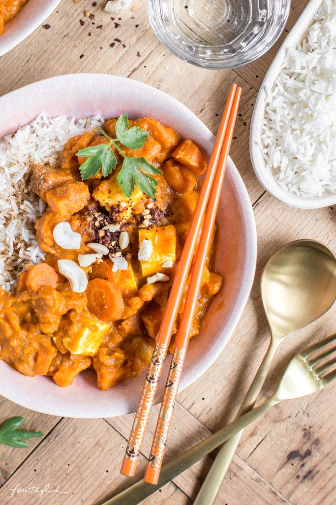 Süsskartoffel-Karotten-Curry mit selbst gemachtem Paneer, Rezept
