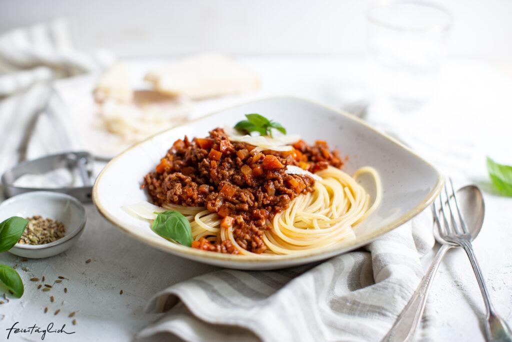 Spaghetti Bolo – Lieblings-Bolognese Sauce mit Fenchelsamen, ein Rezept für die ganze Familie