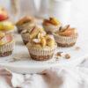 Kleine Apfel-Zimt-Cashew-Cheesecakes mit Mandeln, vegan und zuckerfrei, ohne Backen